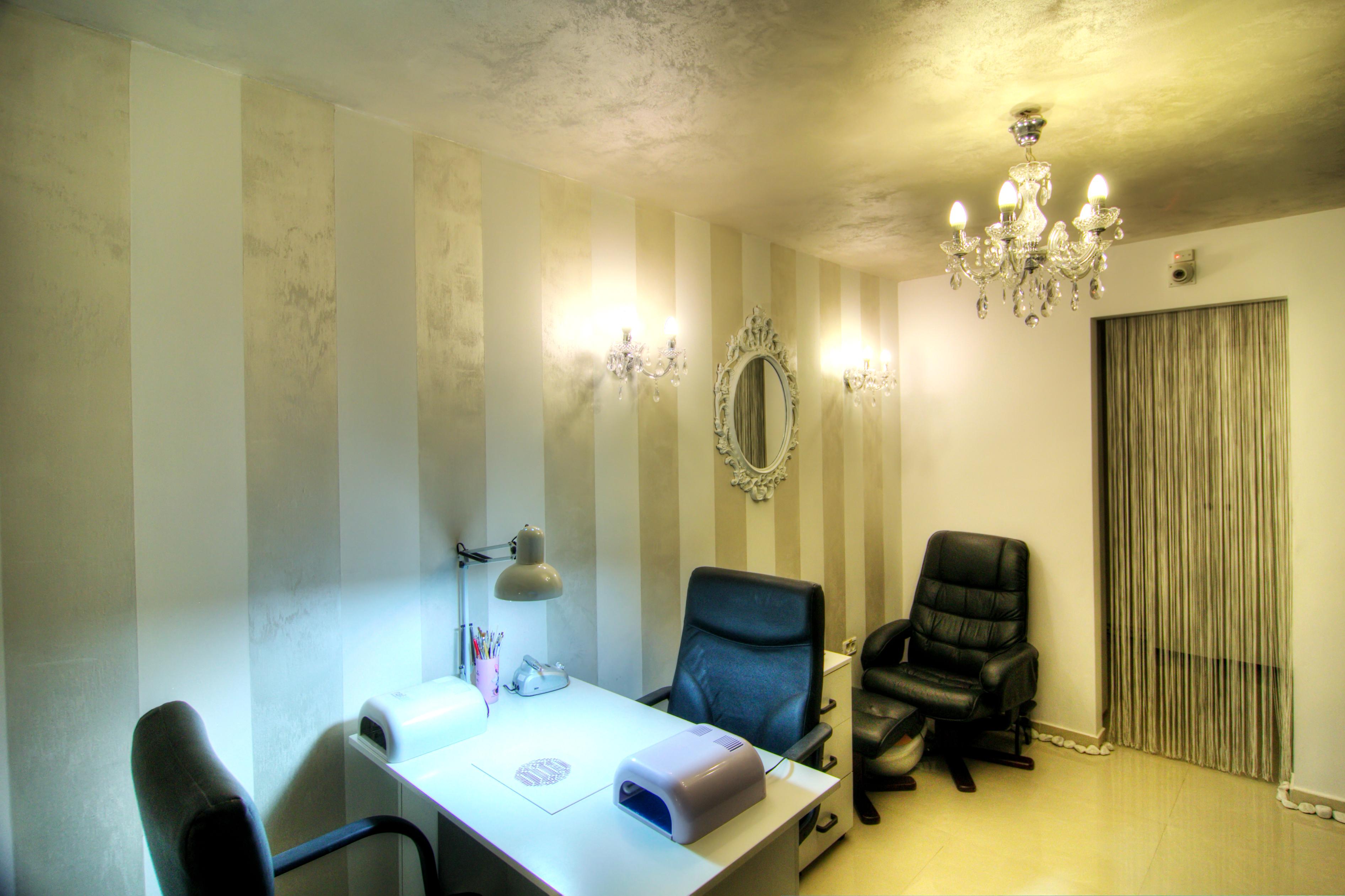 Salon manichiura pedichiura